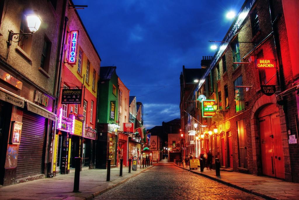 temple bar dublin ireland top tourist attraction. Black Bedroom Furniture Sets. Home Design Ideas